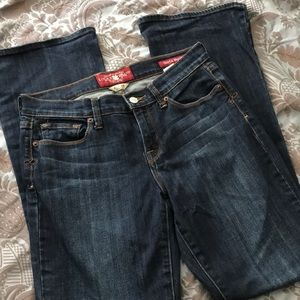 Lucky Brand Sofia boot Jeans 6/28
